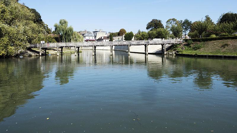 Creil To Cergy, France