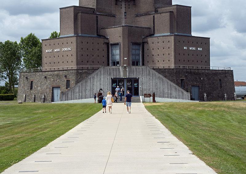 Museum Aan de Ijzer: Diksmuide, Belgium